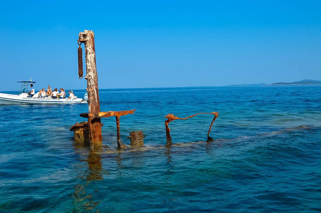 hajóroncs vir sziget közelében