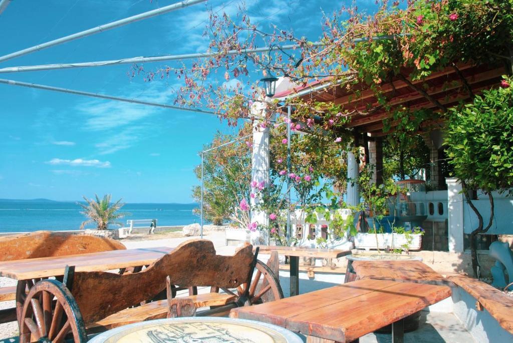aloha bistro Vir szigeten